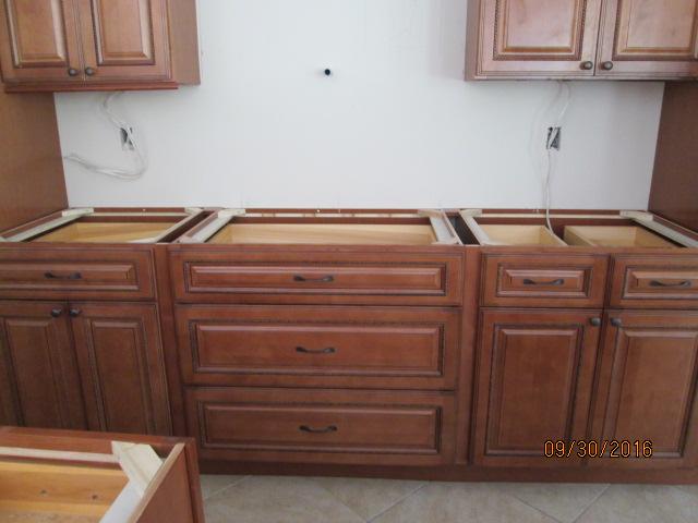 Auburn Custom Homes Palm Coast Kitchen Cabinets 4.JPG