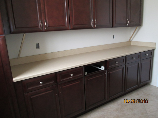 Auburn Custom Homes Palm Coast laundry Counter tops 1.JPG