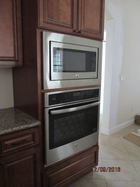 Auburn Custom Homes Palm Coast Appliances 3.JPG
