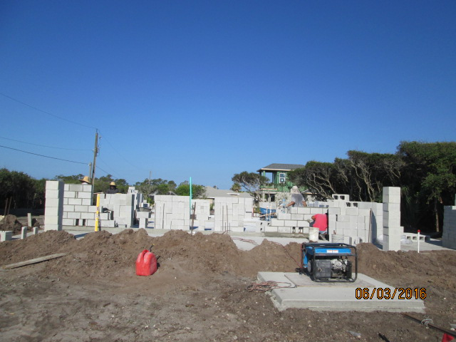 Auburn Custom Homes Palm Coast Block Going Up 1.JPG