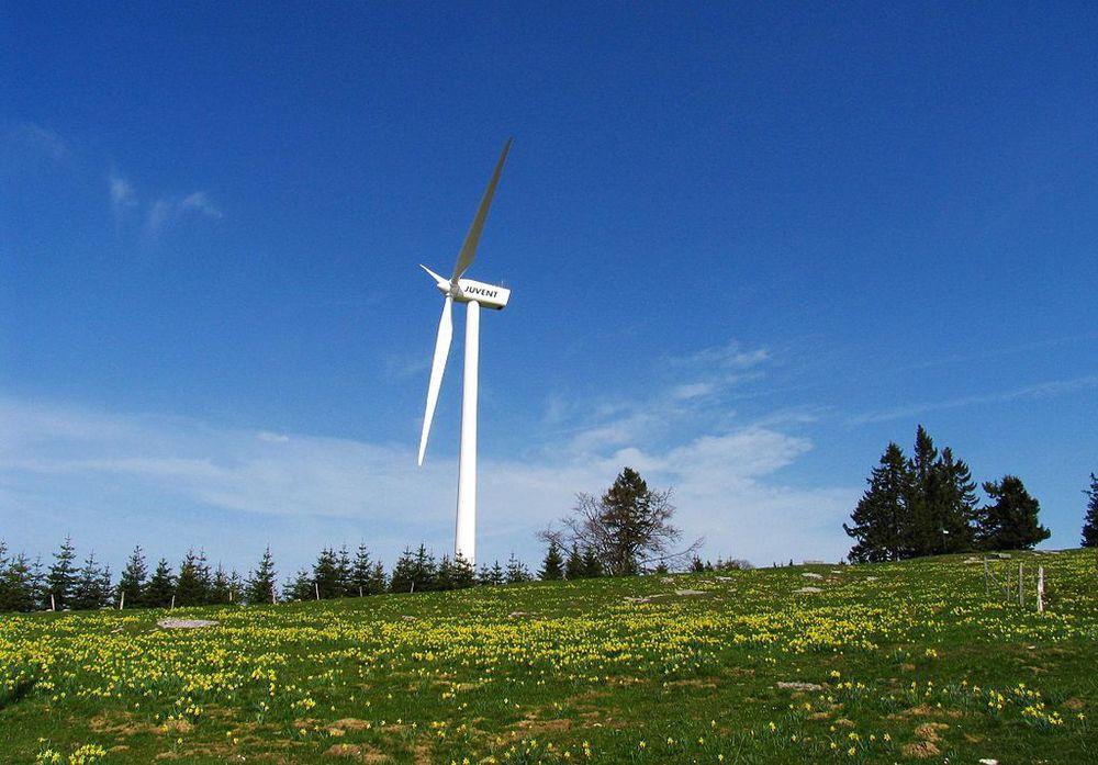 1024px-Wind.jpg