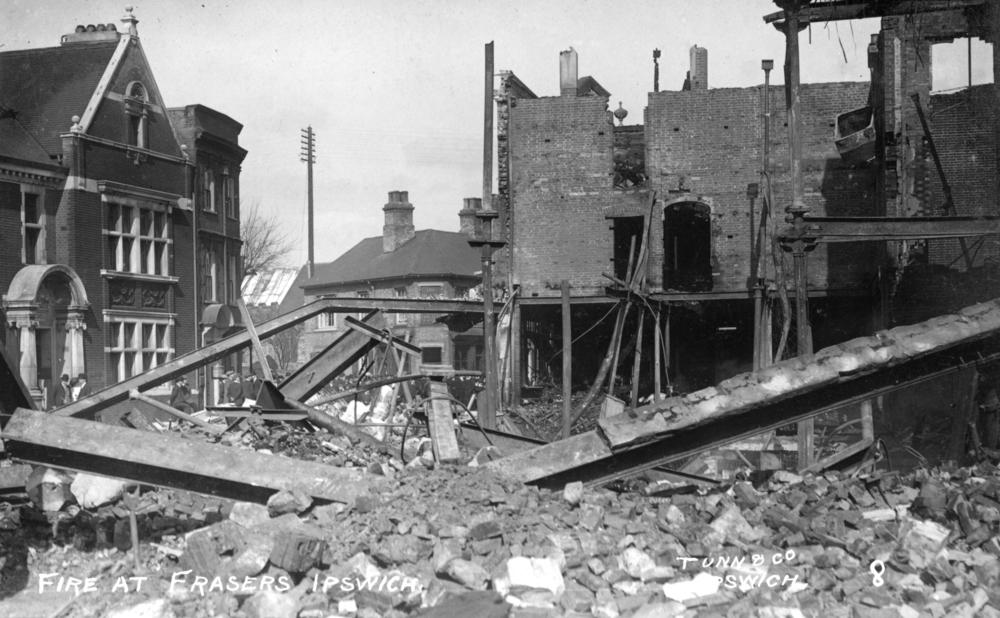 Frasers 6 april 191212_ (6)