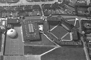 Landseer School from the air as it was in May 1970.