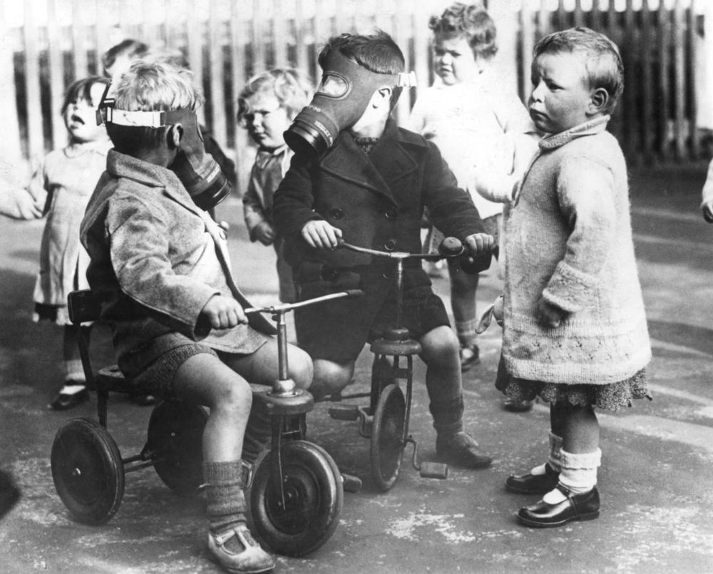 memories of a childhood in wartime During the war of 1939-45, liverpool was a good place to be  the pleasure of  being a child at that time is not easy to describe without seeming flippant.