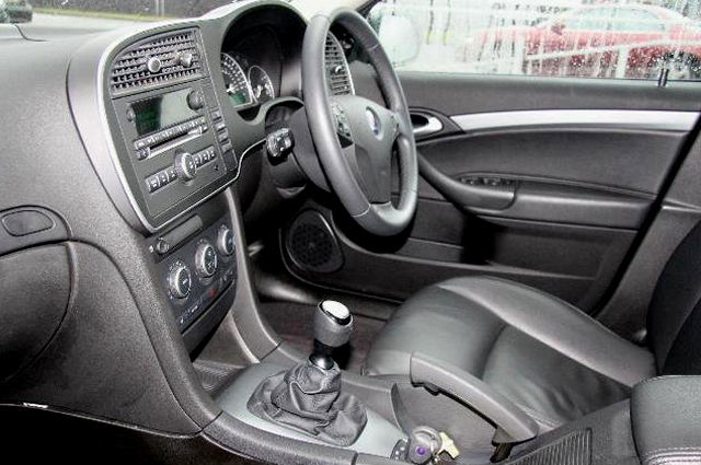 Saab for sale_Interior 1.jpg