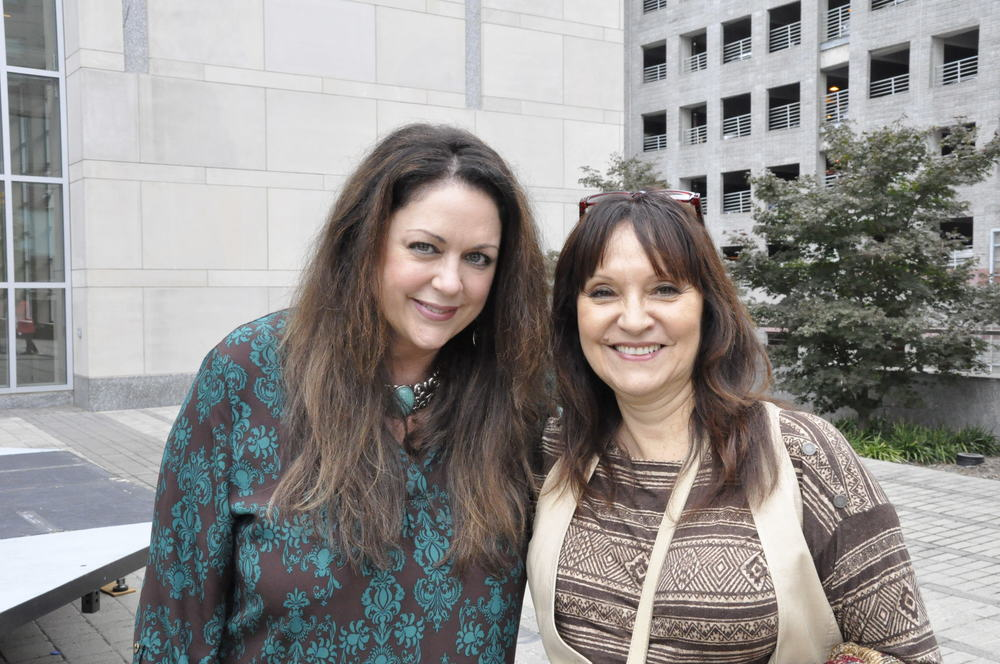 Jeannette with Donna Ulisse at IBMA's in Raleigh NC October 2014