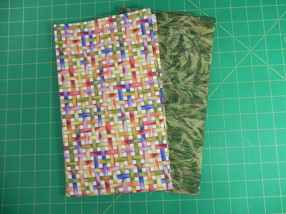 Prize 4: 1 yard weave design, 1 yard green