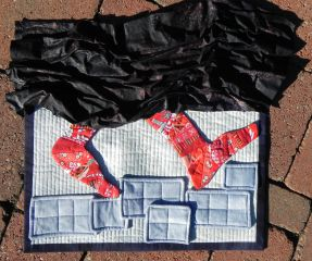 """My 2014 challenge quilt """"Subversion,"""" based on the graphic novel Persepolis by Marjane Satrapi"""