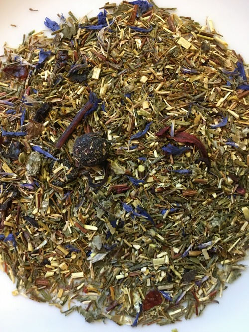 Hey, this time the photo is actually my own! Adagio Green Roobios Blueberry Tea.