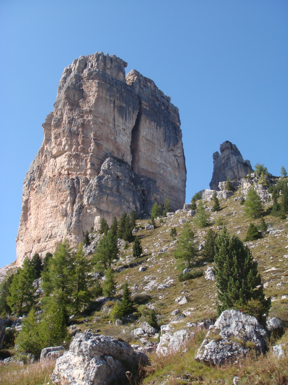 Look closely and you'll surely see climbers on Cinque Torre.