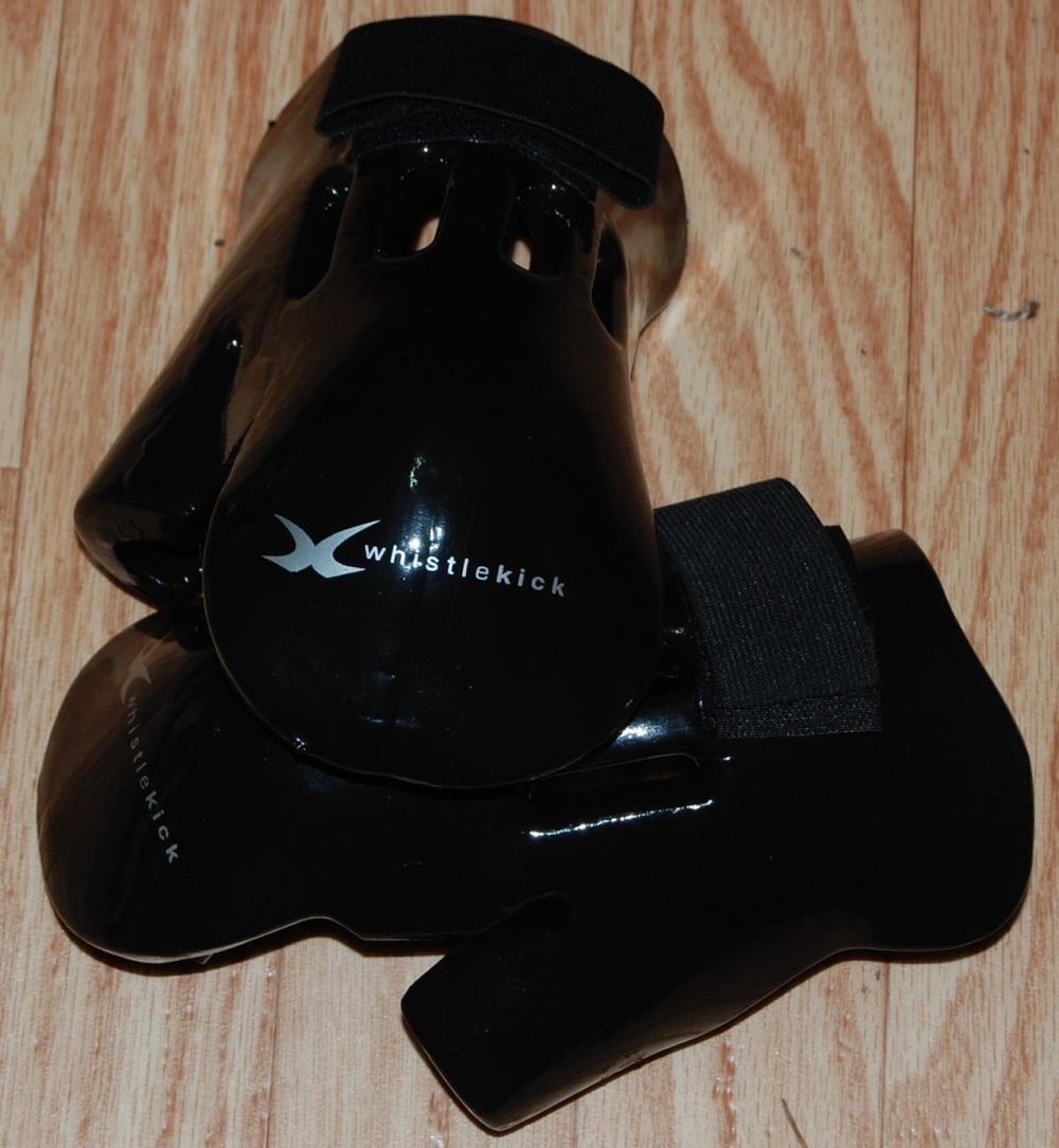 whistlekick-glove.JPG