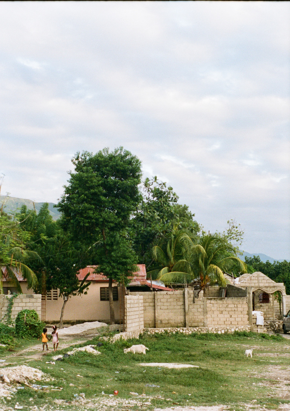 haiti061-759806010025.jpg