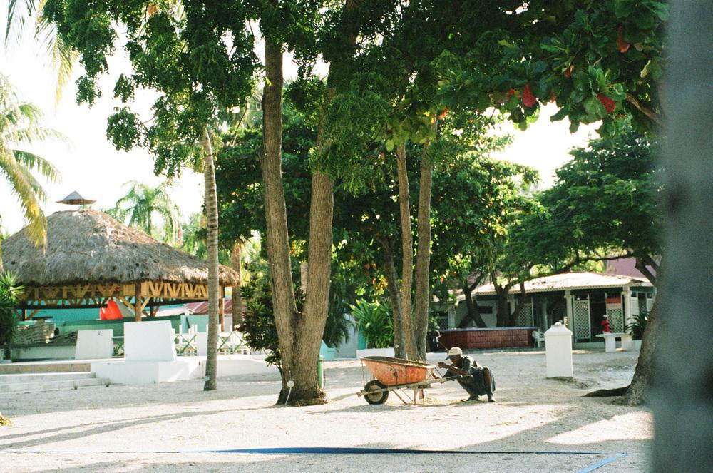 haiti012-759805020022.jpg
