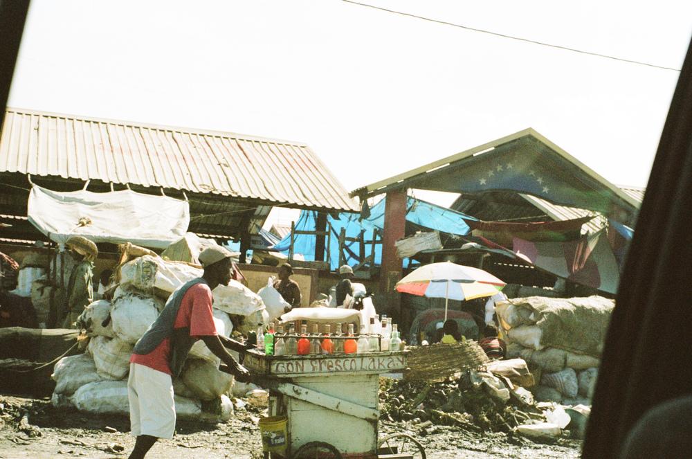 haiti092-759806020017.jpg