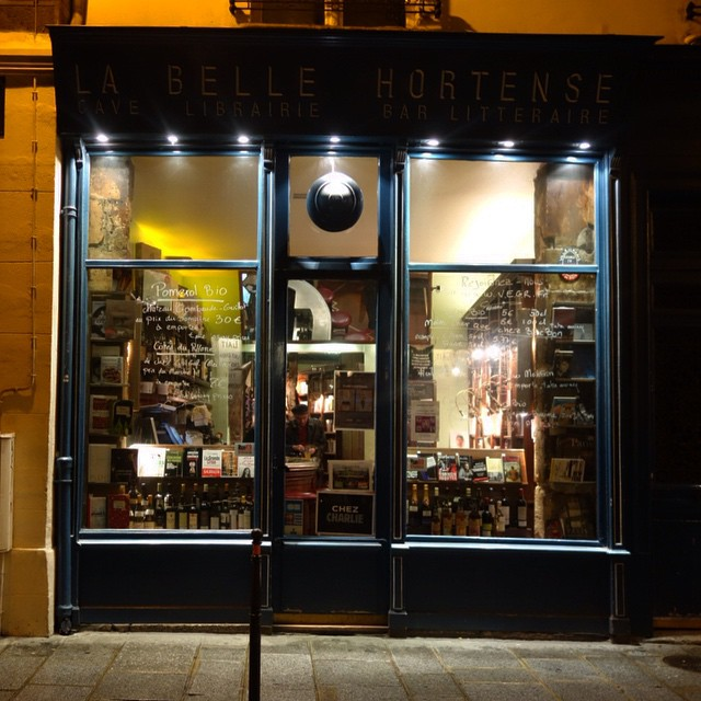 An excellent place. #paris #booksandbooze