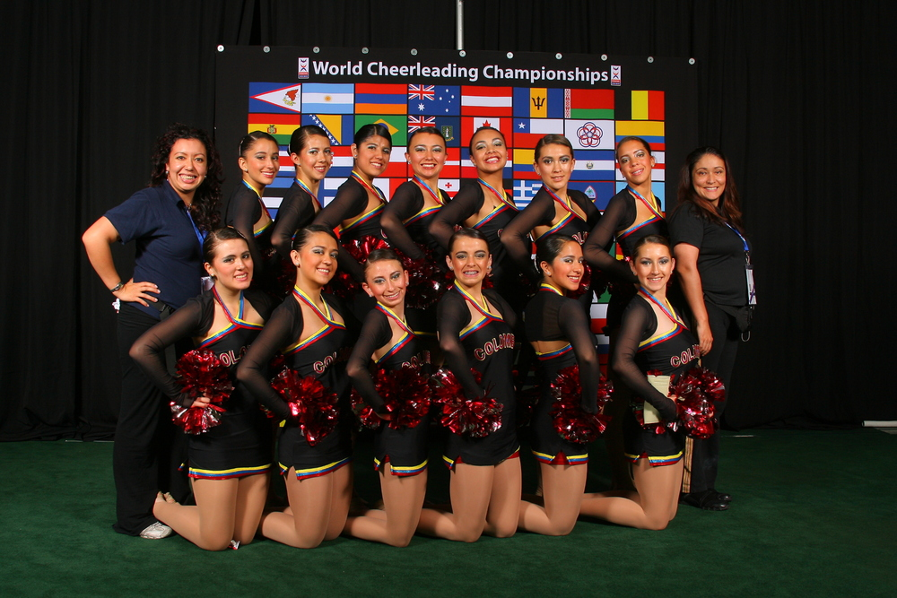 2010 Elite Jazz & Pom Team.JPG