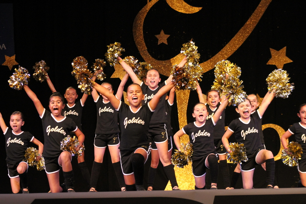 2013 Junior Jazz & Pom Team.JPG