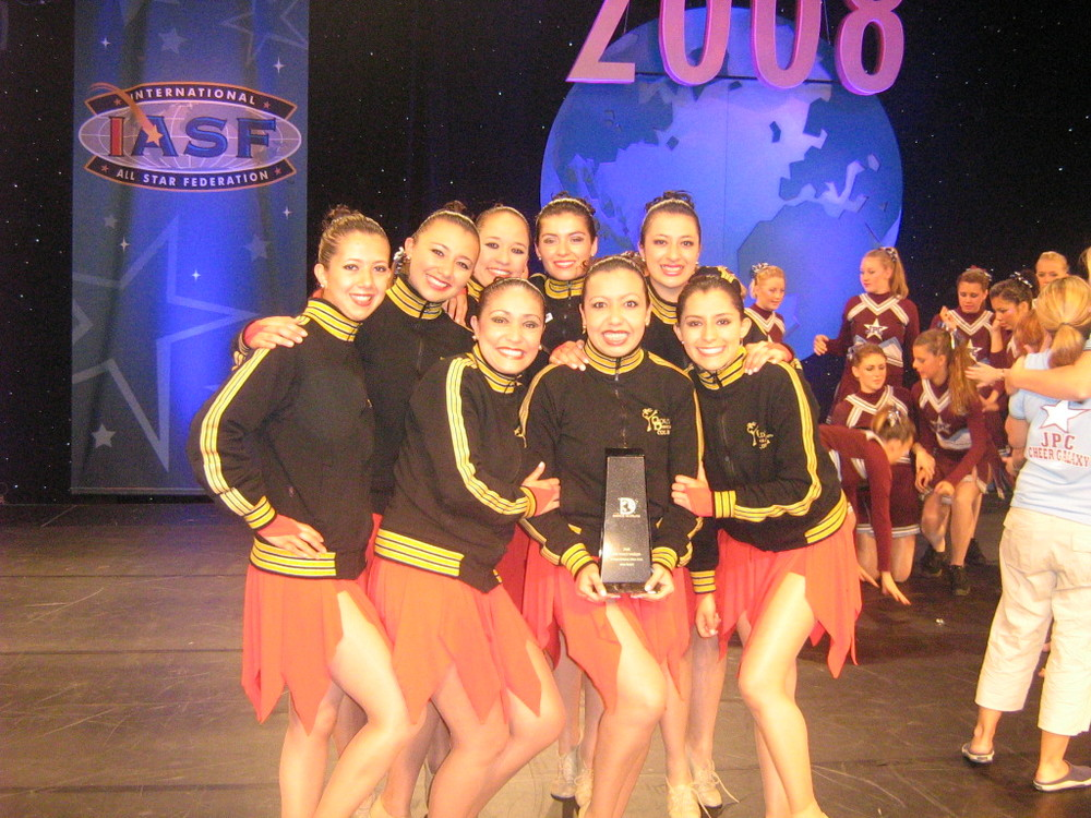 2008 Elite Jazz & Pom Team.jpg