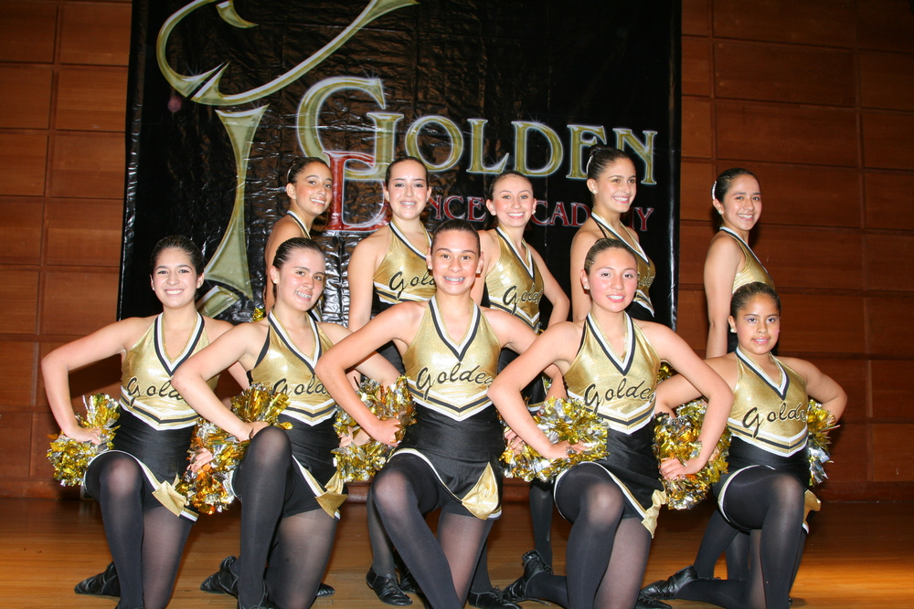 2008 Senior Jazz & Pom Team.JPG