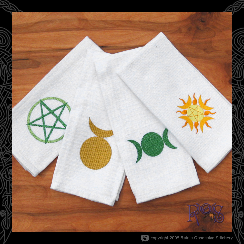 towel-set-pagan-glyphs.JPG