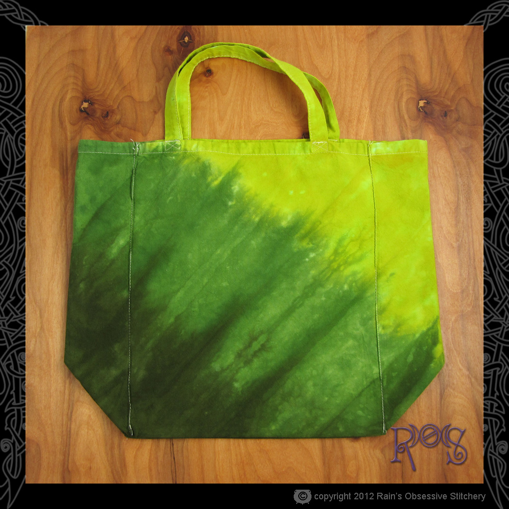tote-earth-green-diagonal-2.JPG