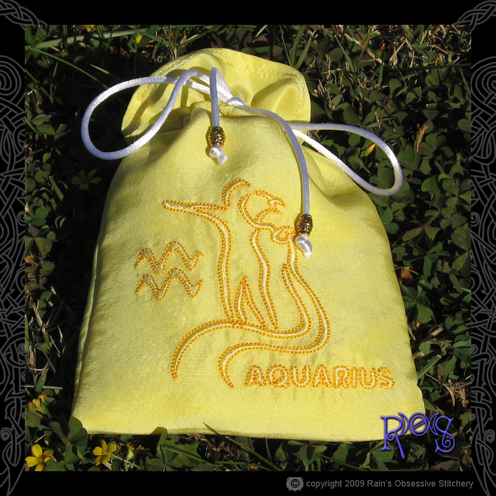 tarot-bag-zodiac-aquarius.jpg