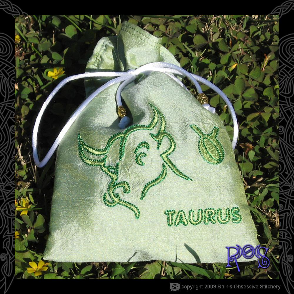tarot-bag-zodiac-taurus.jpg