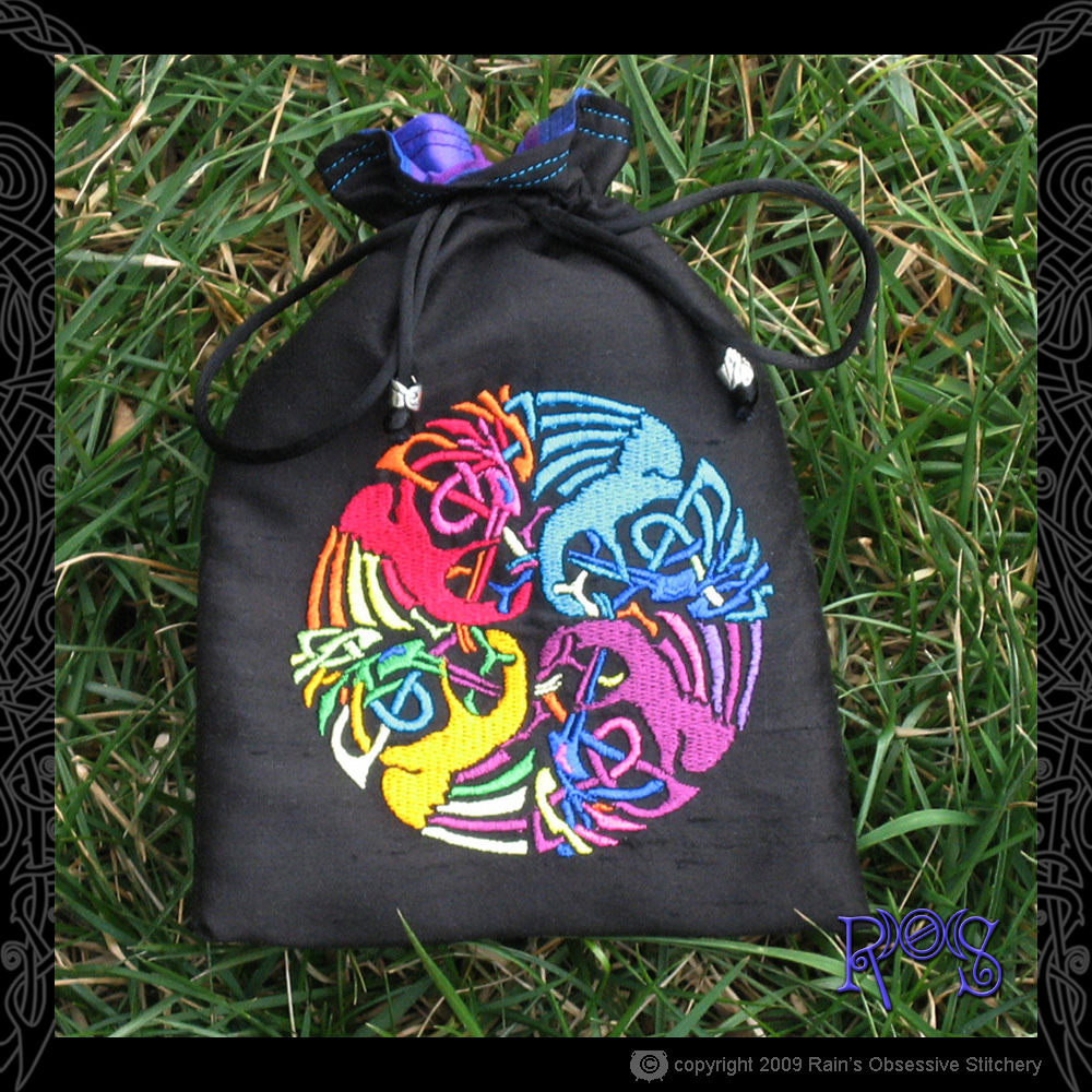 tarot-bag-black-celtic-beas.jpg