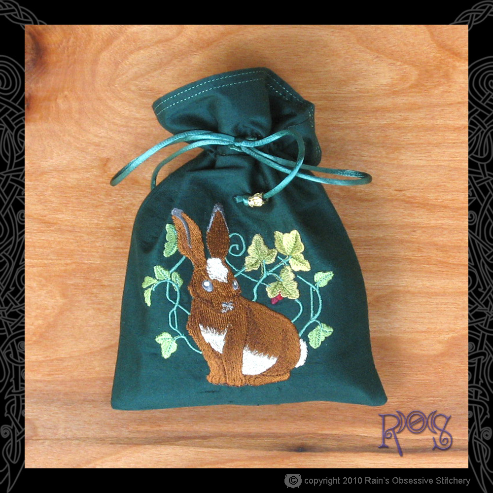 tarot-bag-green-rabbit.jpg