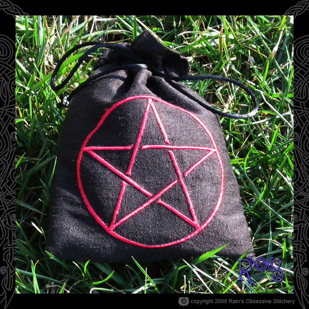 tarot-bag-black-pentacle.jpg