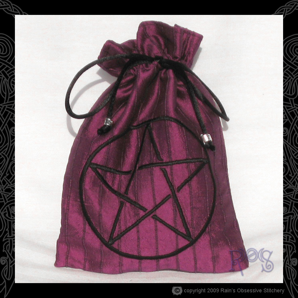tarot-bag-magenta-pentacle.jpg