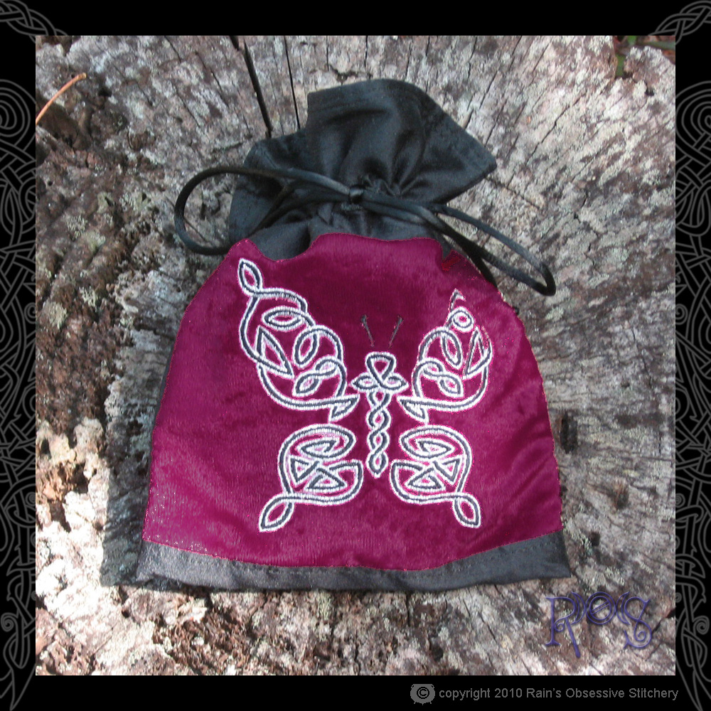 tarot-bag-red-velvet-celtic-butterfly.jpg