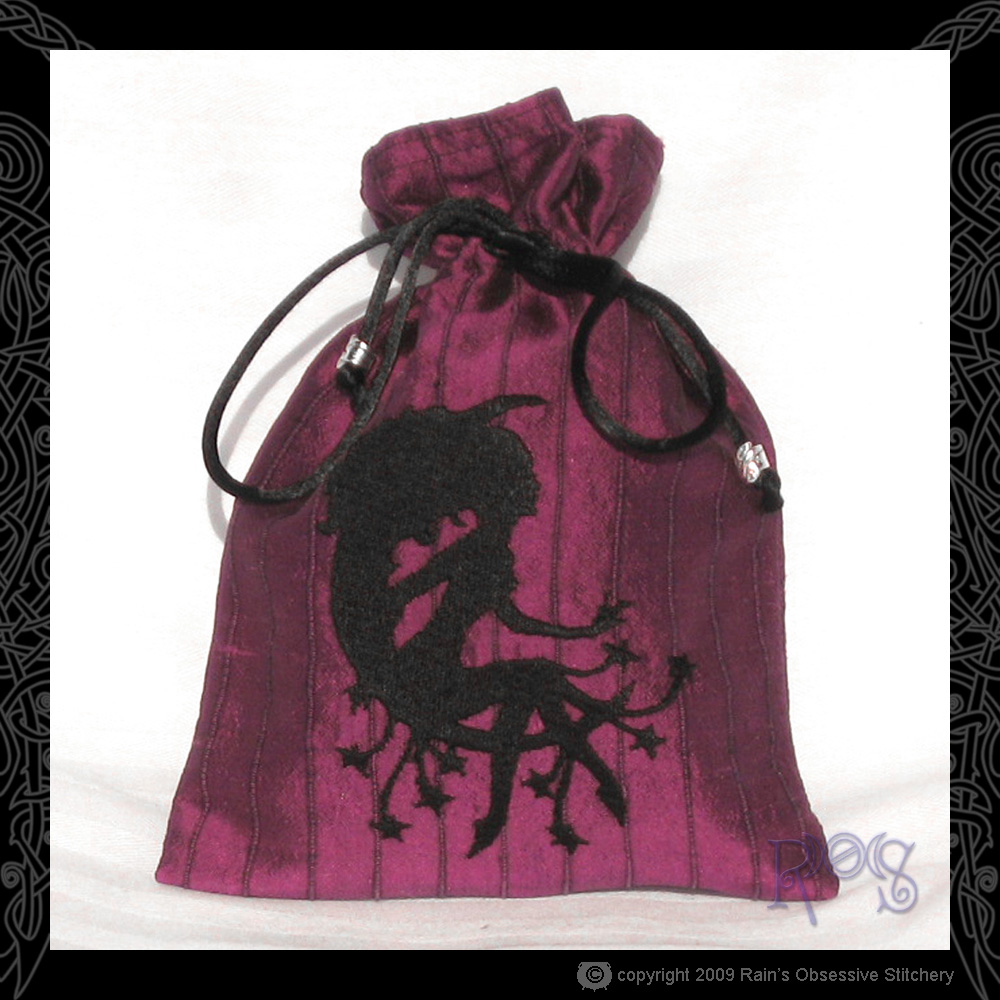 tarot-bag-magenta-moon-lady.jpg