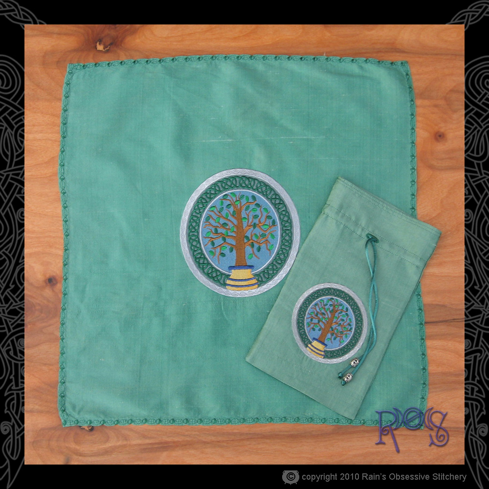 tarot-bag-and-cloth-green-celtic-potted-tree-flat.jpg