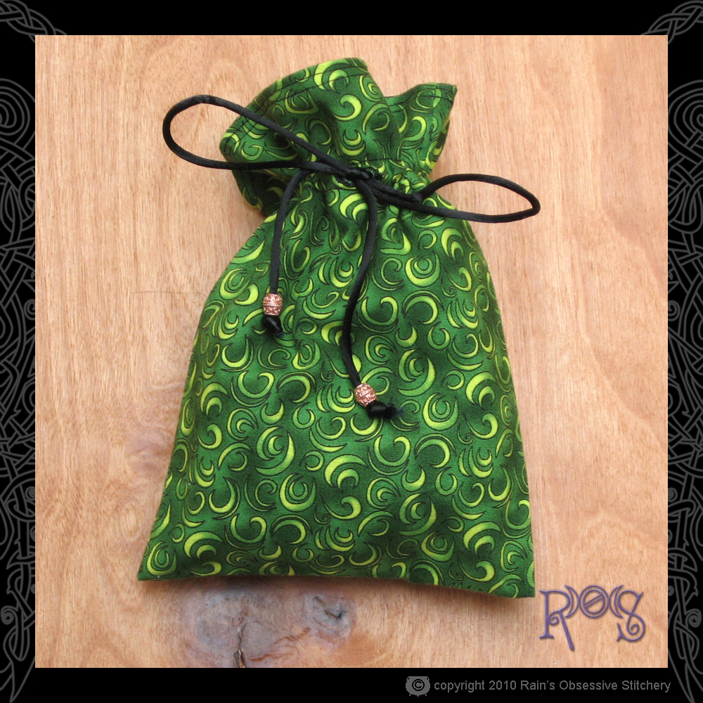 tarot-bag-cotton-green-curls.jpg