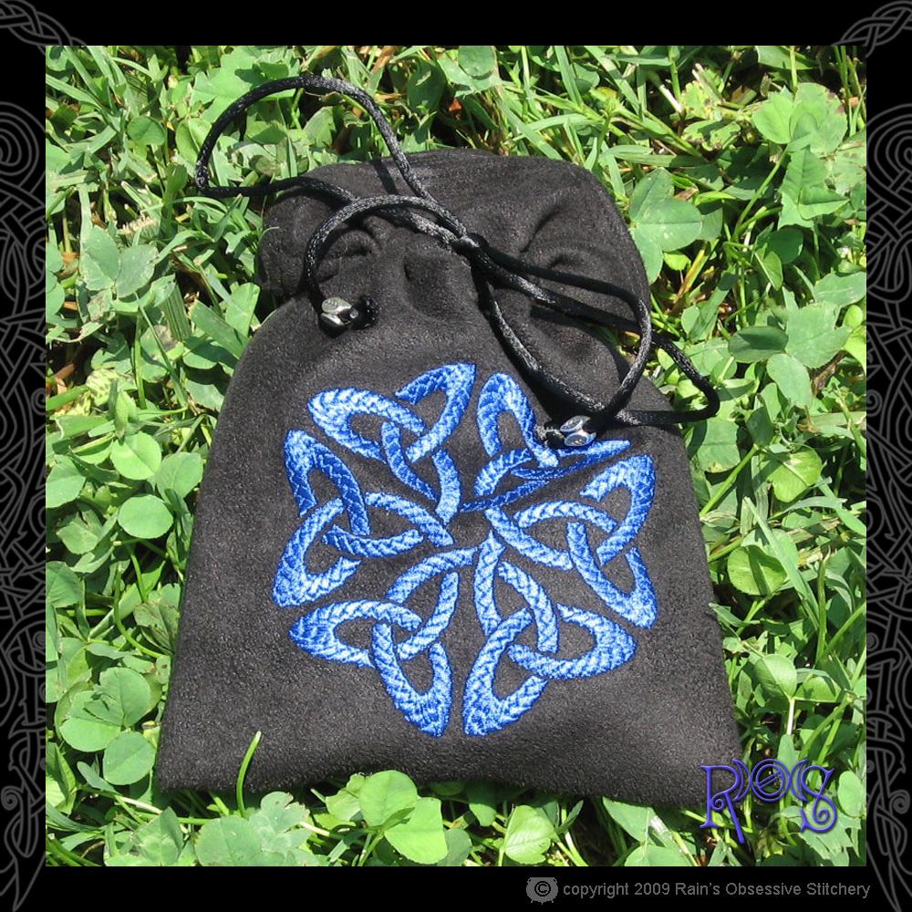 tarot-bag-msuede-knot-blue.jpg