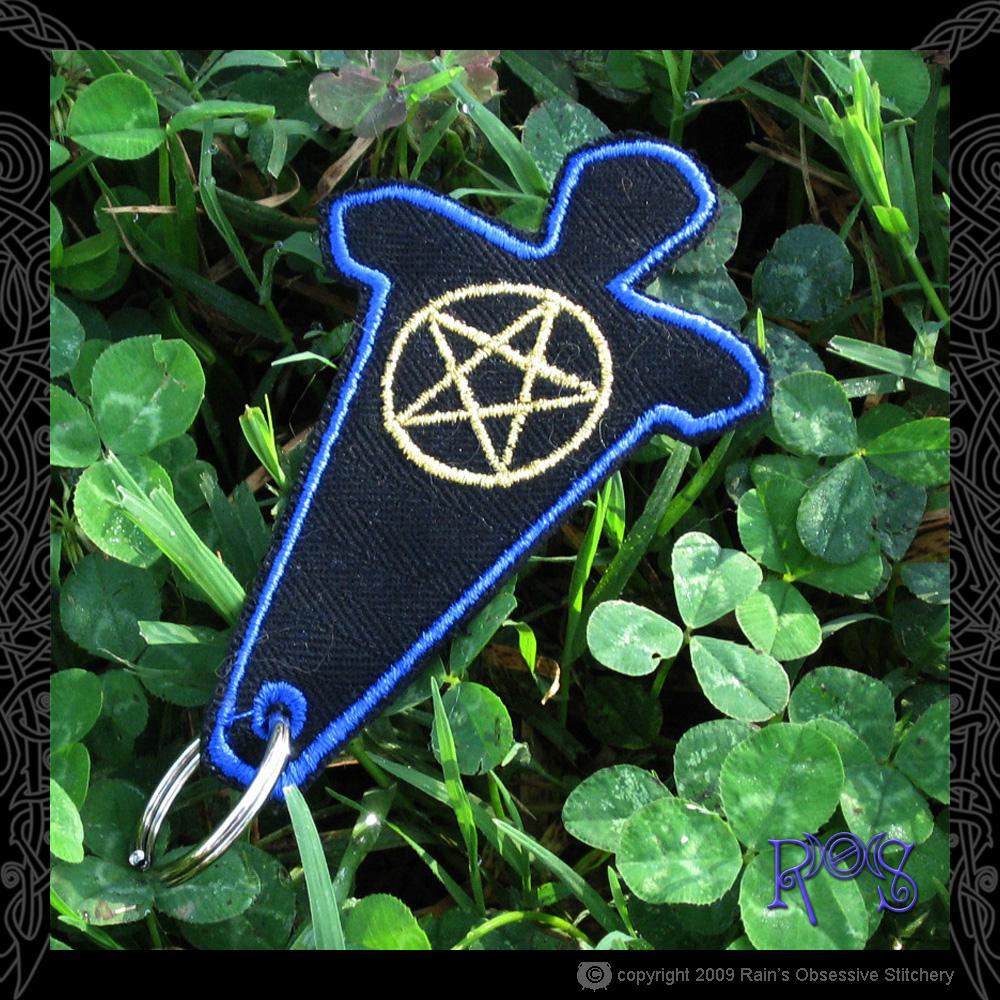 keychain-god-blue-pent.JPG