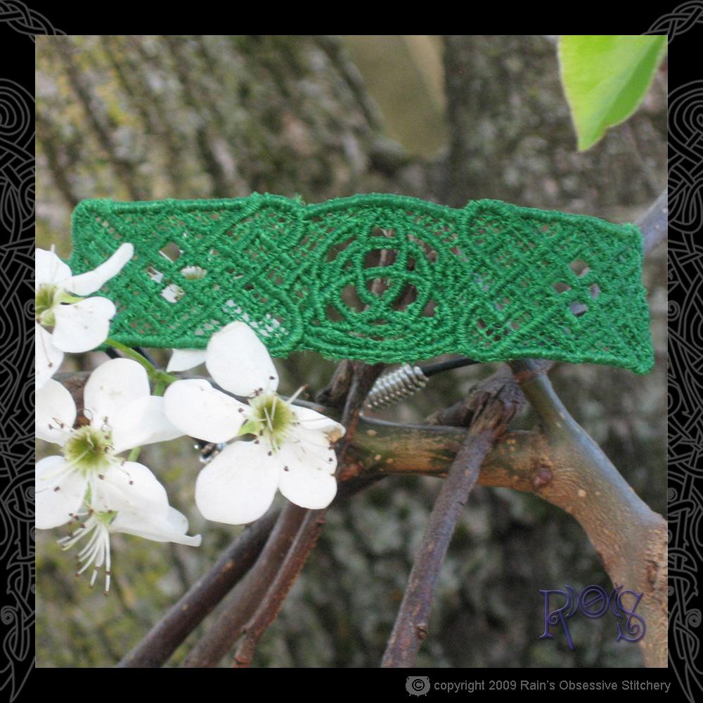 bracelet-triquetra.jpg