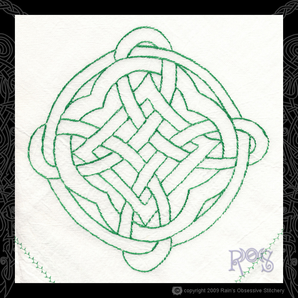 fstowel-knotwork-green.jpg