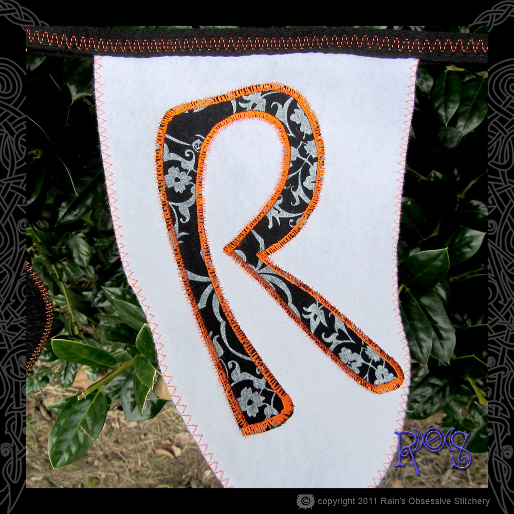 bunting-trick-or-treat-detail-1.jpg