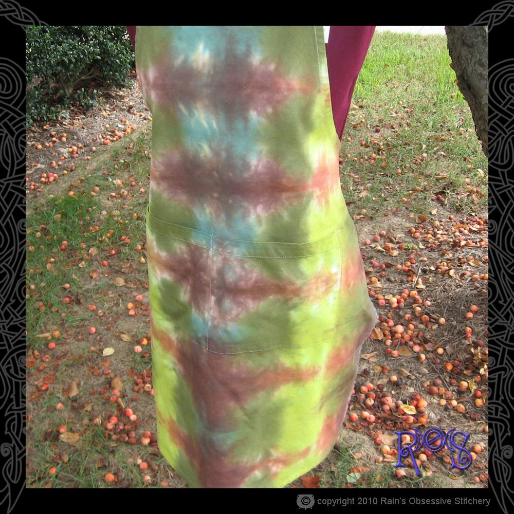 apron-tie-dye-autumn-3.jpg