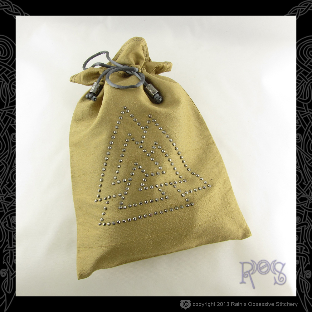 Tarot-Bag-Lg-Tan-Crystal-Valknut-Hematite.JPG