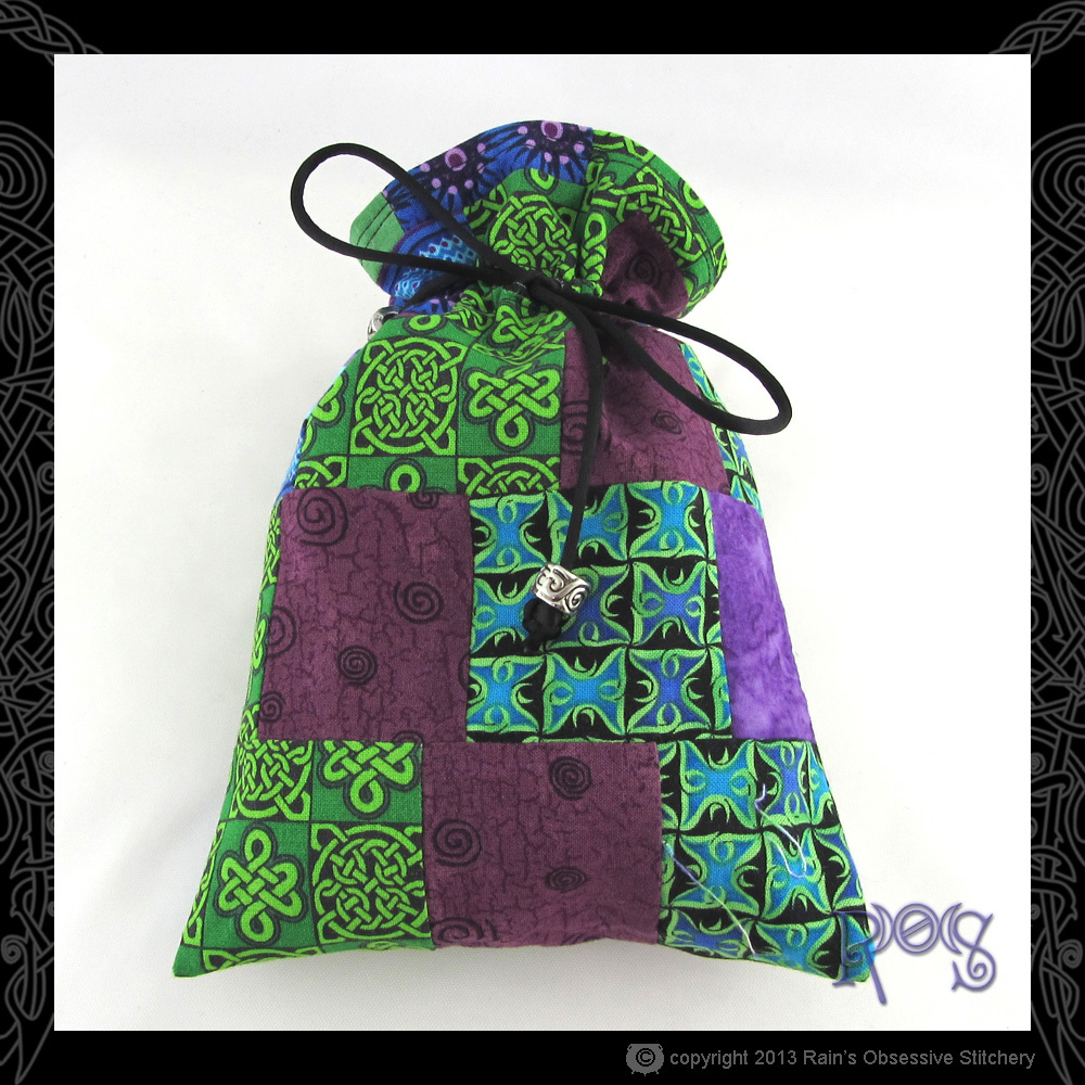 tarot-bag-cotton-green-purple-patch-2-front.JPG