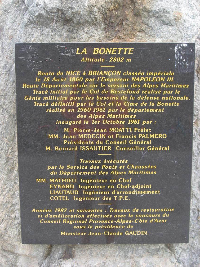 boneete8