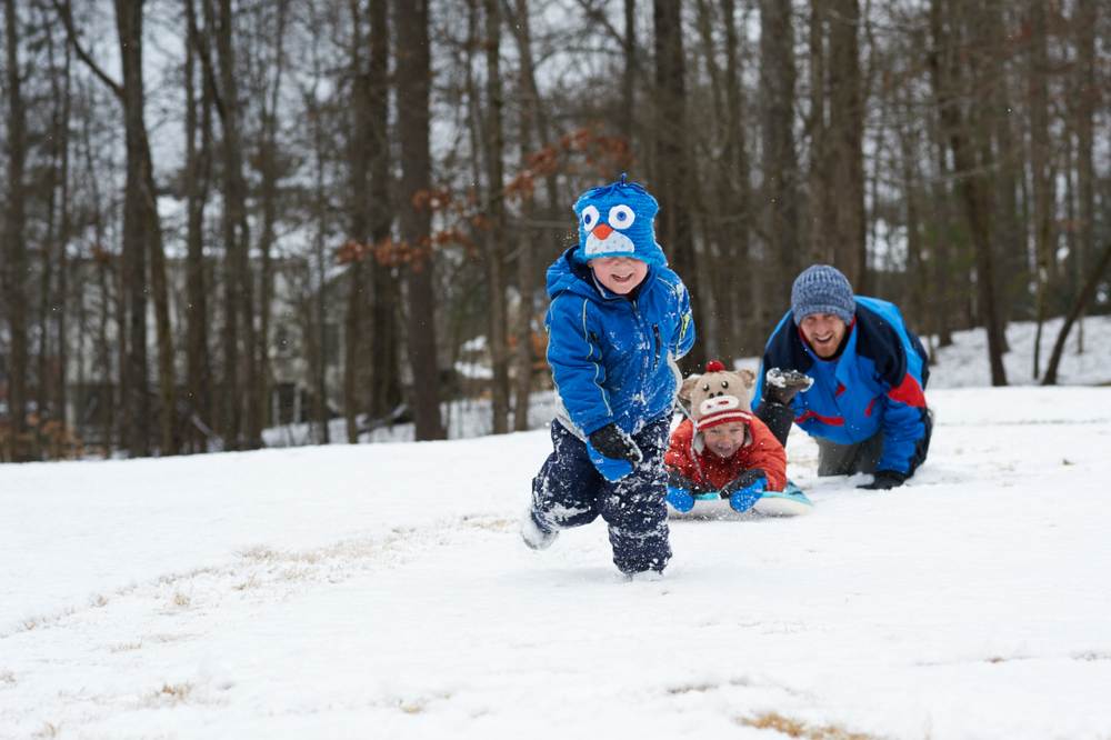 sledding in the snow_itstheeveryday_photography.png