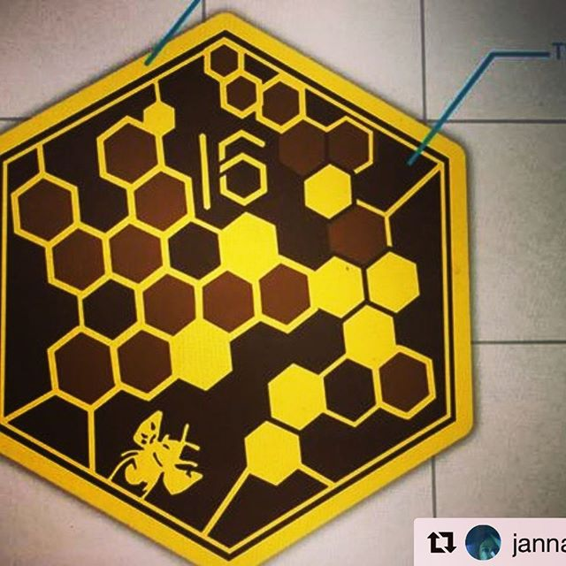 Design 16. Swarm intelligence @pioneerworks September 13th! #Repost @jannalevin with @get_repost ・・・ Design for the limited Edition Sci Con patch by the brilliant Andrea Lauer @unicorngenius of @risendivision ! Will be available at Sci Con 16. Swarm Intelligence on 9/13 @PioneerWorks . Filling up fast. RSVP https://pioneerworks.org/programs/scientific-controversies-no-16-swarm-intelligence/