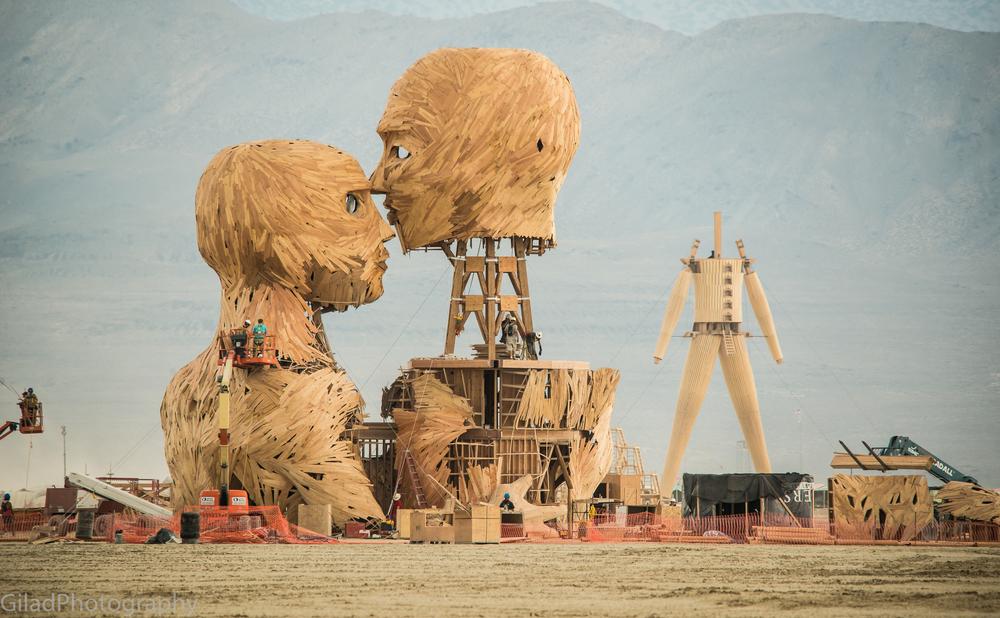 Building Art at Burning man 2014