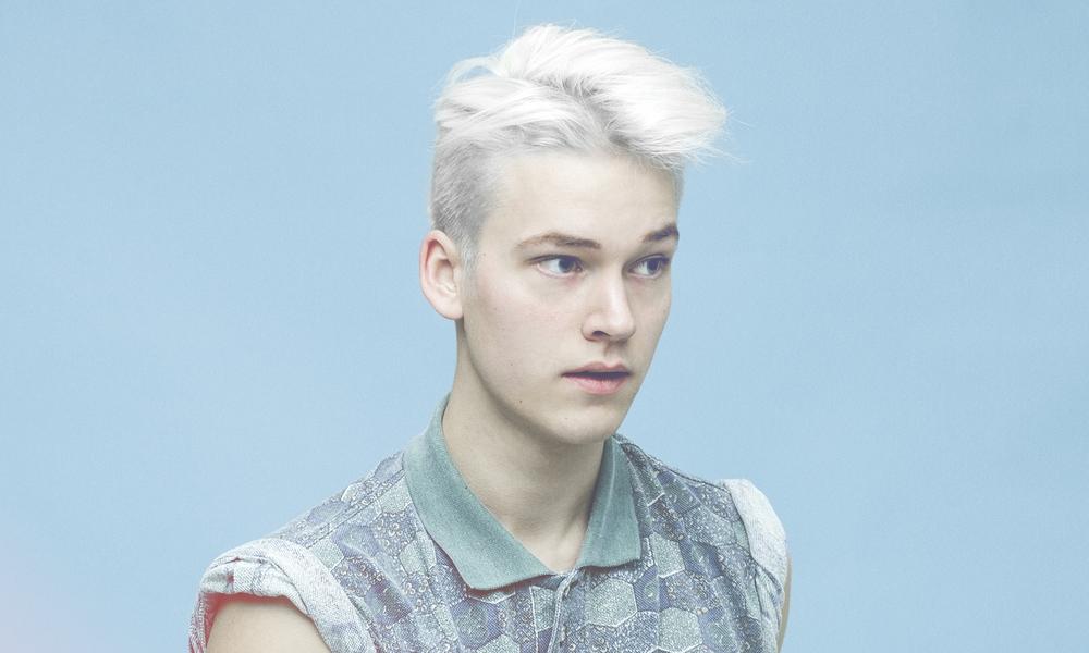 Asbjørn_blueshirt_portrait.jpg