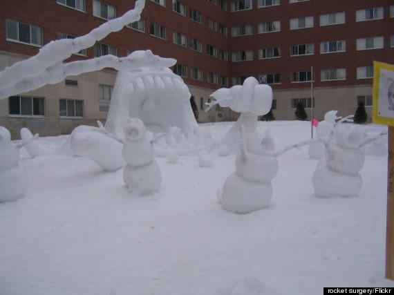 oee-SNOWMAN-CALVIN-HOBBES-570.jpg