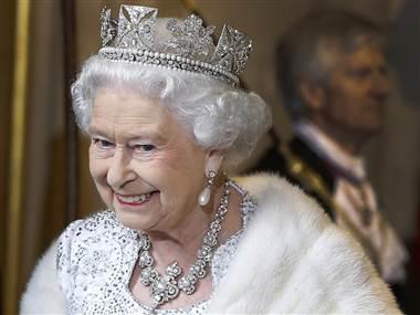 ss-130603-queen-tease.380;380;7;70;0.jpg